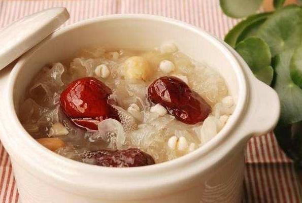 红枣和此物一起泡 每天几口赶走湿气燃烧脂肪